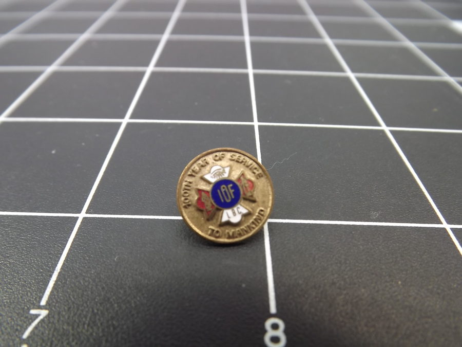 "ANTIQUE BRASS COLORED ""IOF"" FRATERNAL ORGANIZATION ENAMEL LAPEL PIN 1"