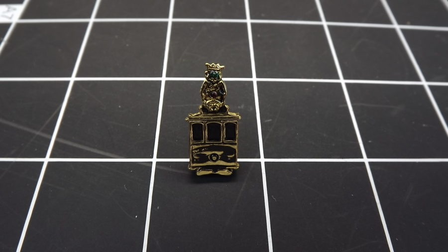 ANTIQUE VINTAGE GOLD TONE SHRINERS BILLIKEN CABLE CAR RHINESTONE LAPEL PIN 1
