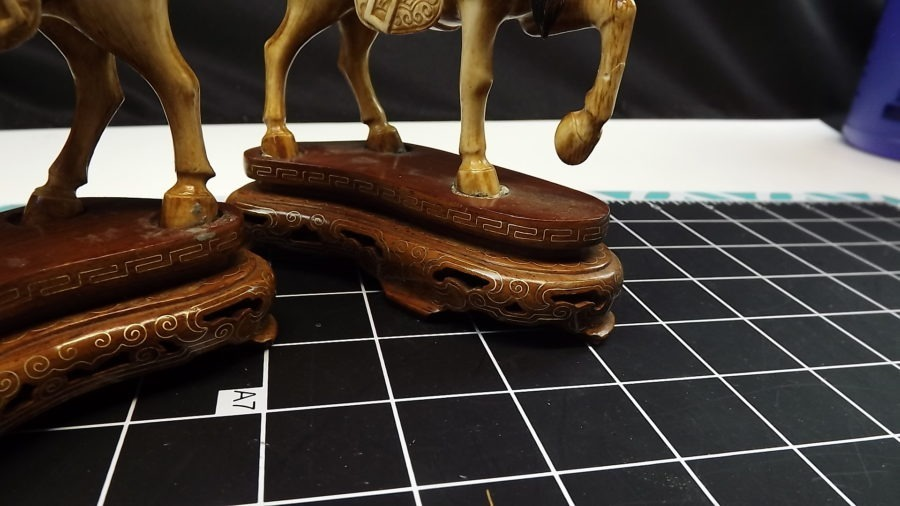 ANTIQUE PAIR OF 2 ANTIQUE VINTAGE HAND CARVED IVORY STALLION HORSE FIGURINES 3
