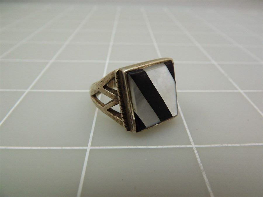 Genuine Onyx MOP Ladies 925 Silver Vintage Ring 3