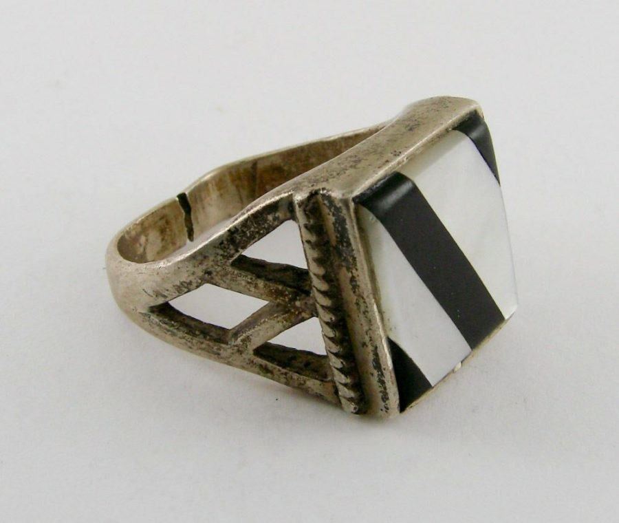 Genuine Onyx MOP Ladies 925 Silver Vintage Ring 1