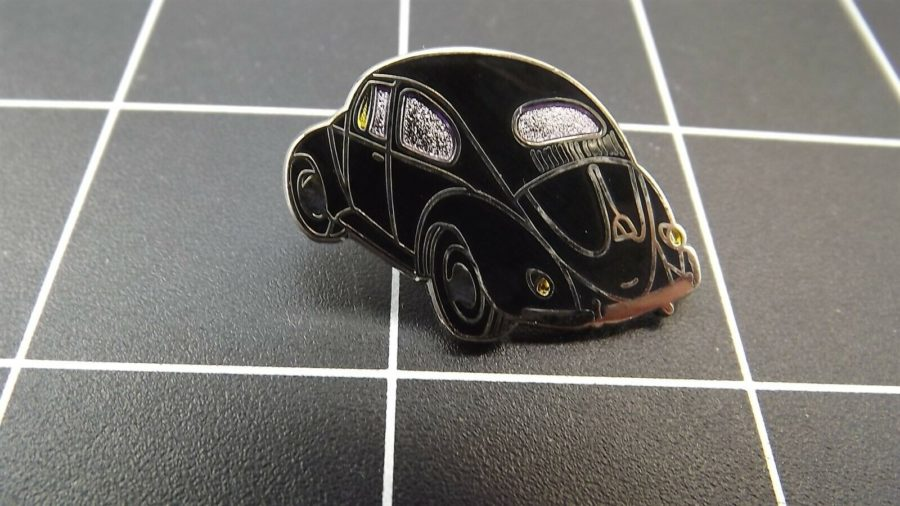 "BRAND NEW Lapel Pin VW VOLKSWAGEN ""BLACK BUG"" ENAMELED LIFETIME GUARANTEE 1"
