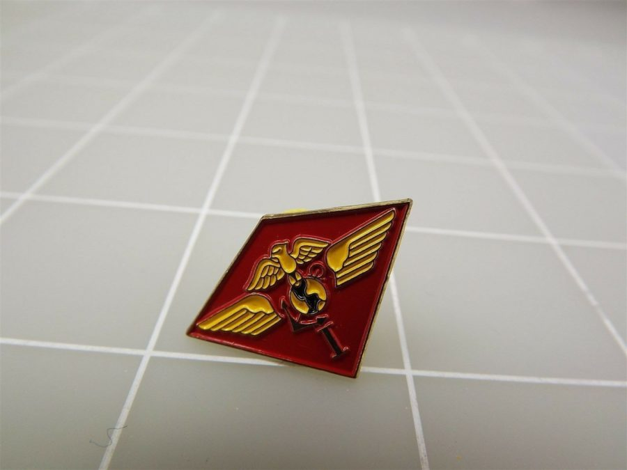 NEW USMC 1st Marine Air Wing Lapel Pin NEW 3