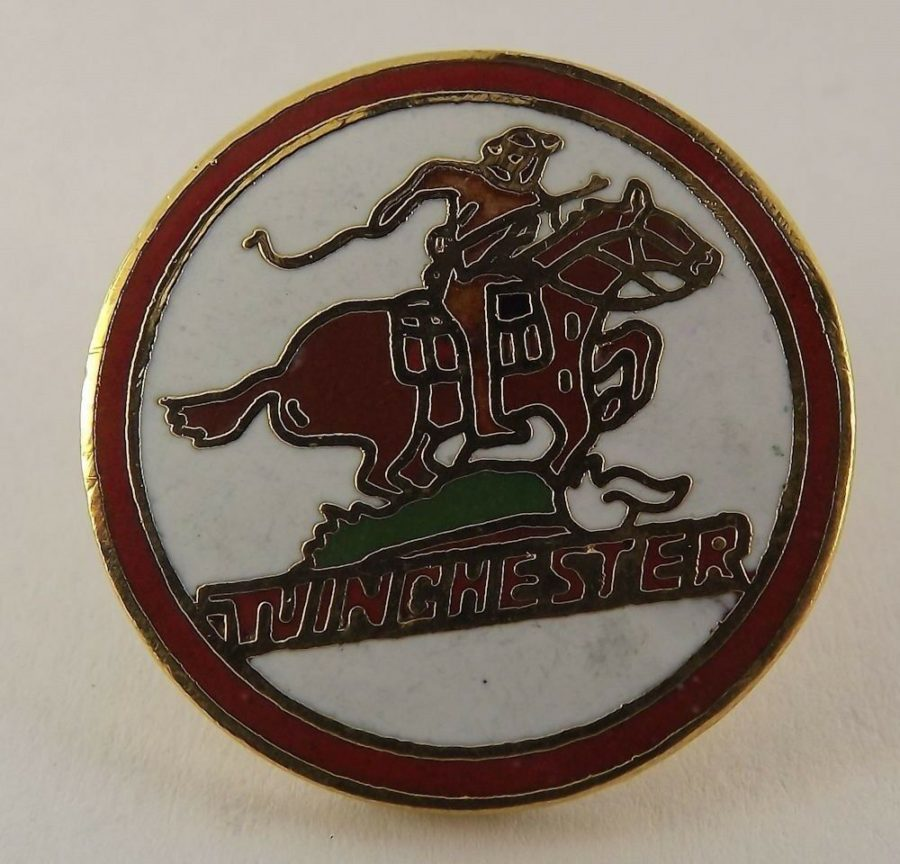 QUALITY MADE LAPEL HAT PIN ENAMEL WINCHESTER FIREARMS LOGO NEW 1
