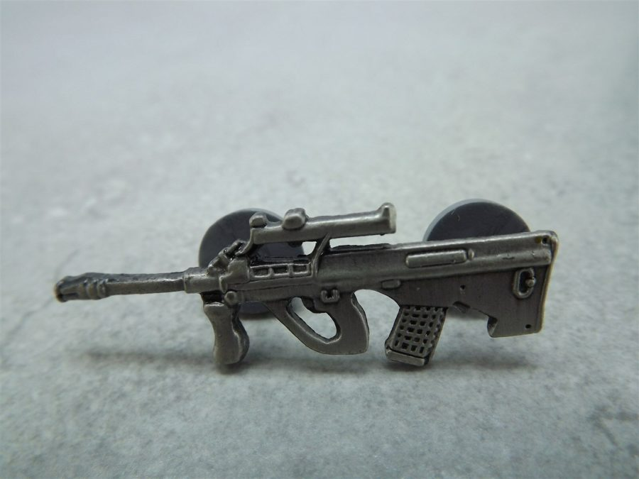 US Military Scope Rifle LAPEL / HAT PIN BRAND NEW 1