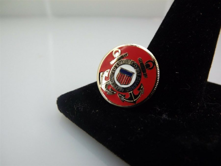 "BRAND NEW Lapel Pin United States Coast Guard USCG Anchors Red Enamel 3/4"" 1"