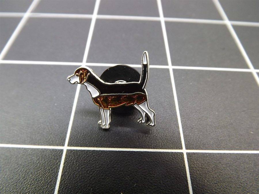 "BRAND NEW Lapel Pin Favorite Dog ""BEAGLE "" ENAMELED LIFETIME GUARANTEE 1"