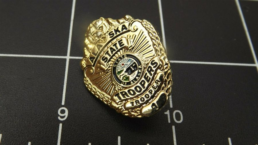 """ALASKA STATE TROOPER"" MINI-BADGE Enamel Lapel Pin BRAND NEW 1"