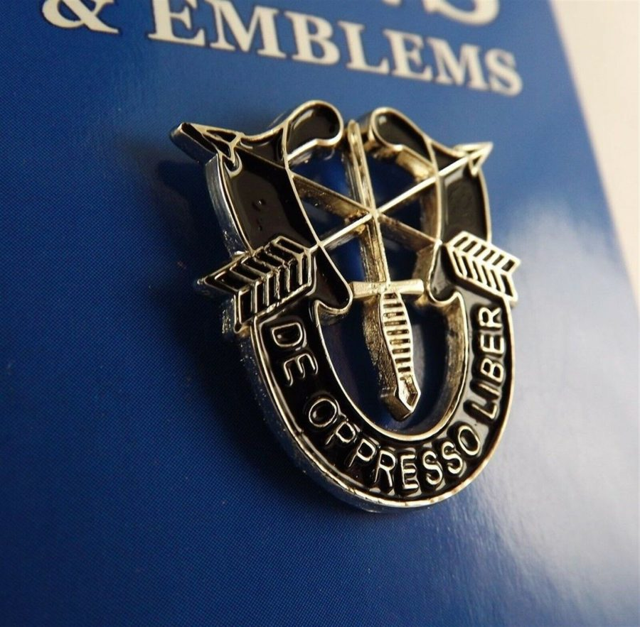 "BRAND NEW Lapel Pin Spec De Oppresso Liber Black Enamel 1"" 1"