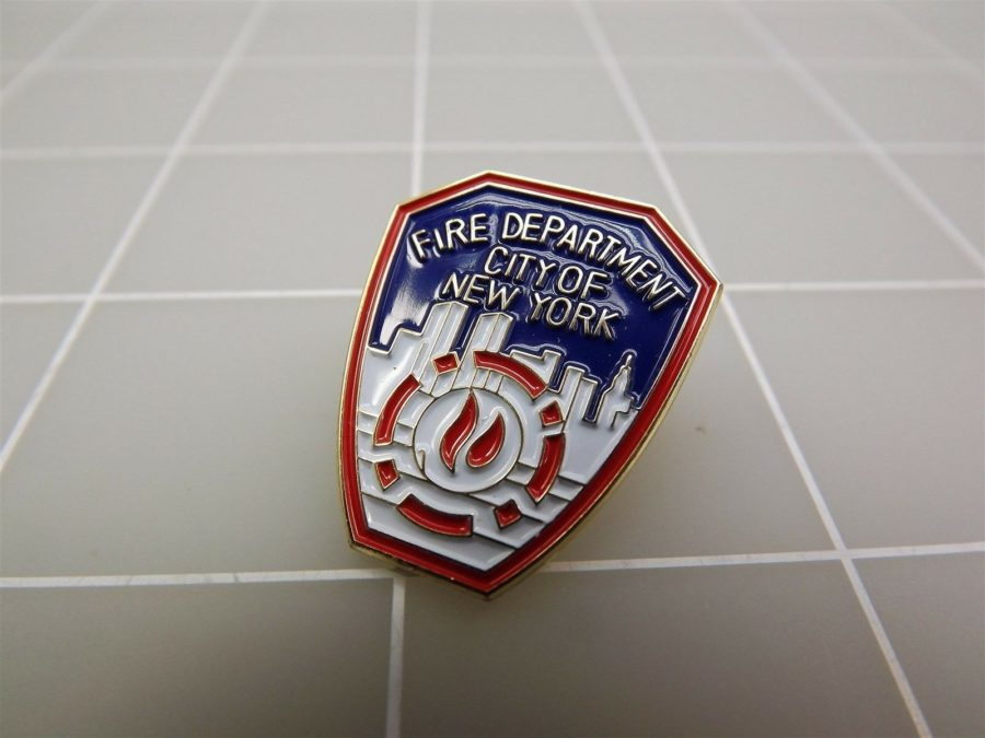 BRAND NEW Fire Department City of New York lapel Pin NEW 2